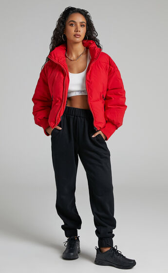 Windsor Puffer Jacket in Red