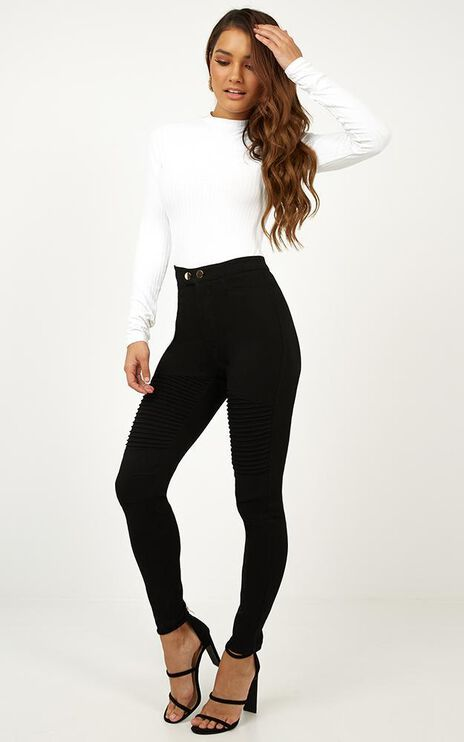 Digital Love Pants In Black