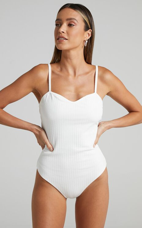 Gilly Bodysuit in White