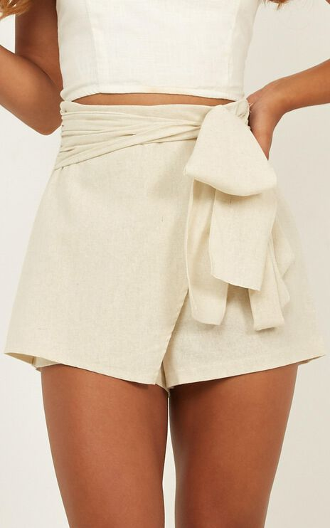 Meet Your Maker Skorts In Natural Linen Look