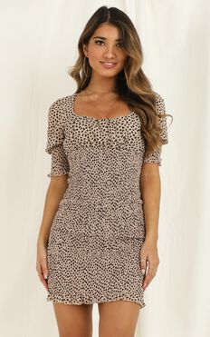 Lift Your Head Dress In Leopard Print