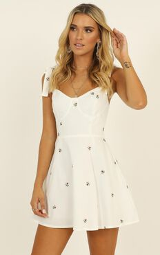 Get Lucky Dress In White Embroidered Floral