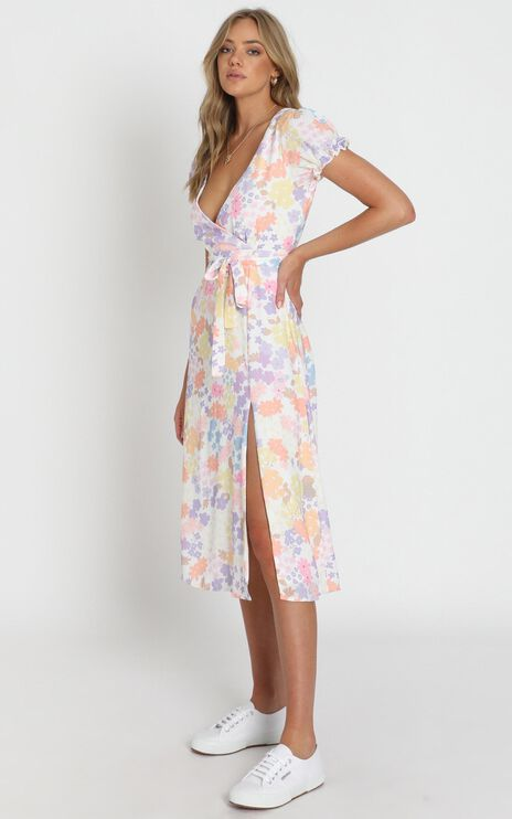 Sudden Life Dress In White Floral
