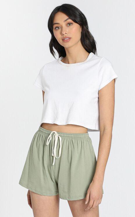 AS Colour - Jersey Shorts in Avocado