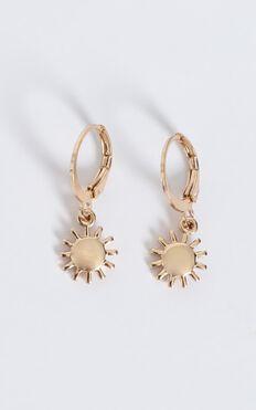 Sun Charm Hoop Earrings In Gold