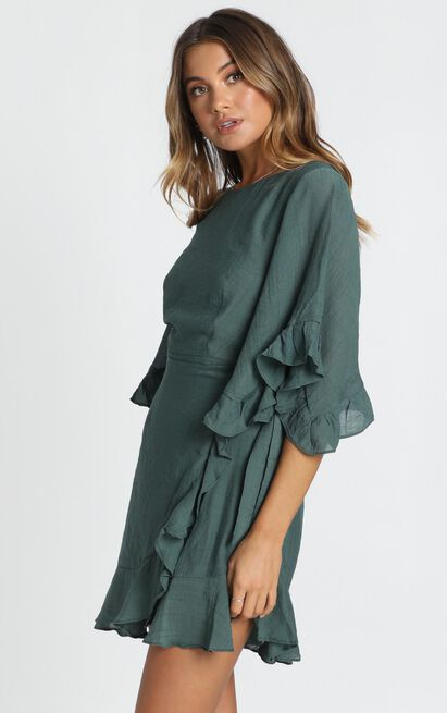 Fleur Crinkle Chiffon Dress in forest green - 6 (XS), Green, hi-res image number null