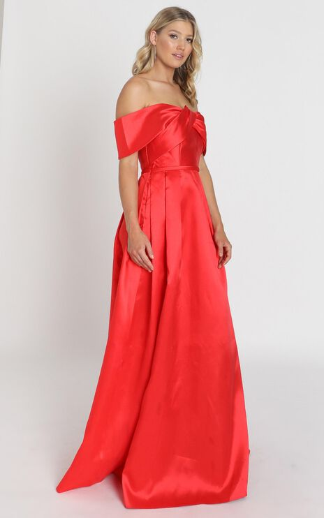 Alfreda Maxi Dress In Red Satin