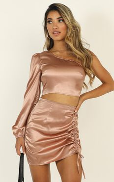 Steal The Room Two Piece Set In Mocha Satin
