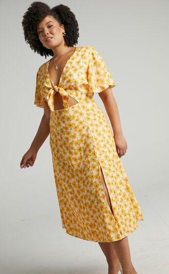 Wild And Free Mind Midi Dress in Sunflower Print