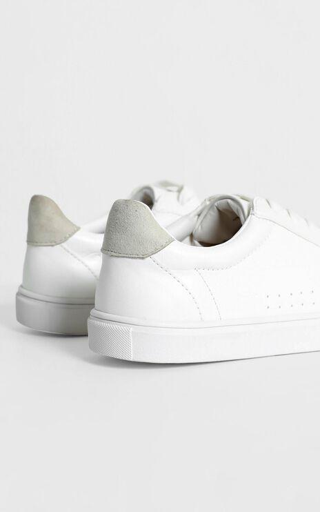 Verali - Whisper Sneakers in White Croc