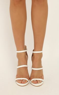 Billini - Delta Heels In White
