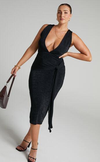 Jamellia Low V-Neck Drape Front Midi Dress in Black