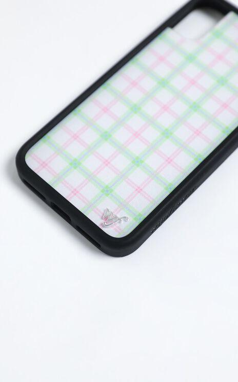 Wildflower - Iphone Case in Summer Plaid