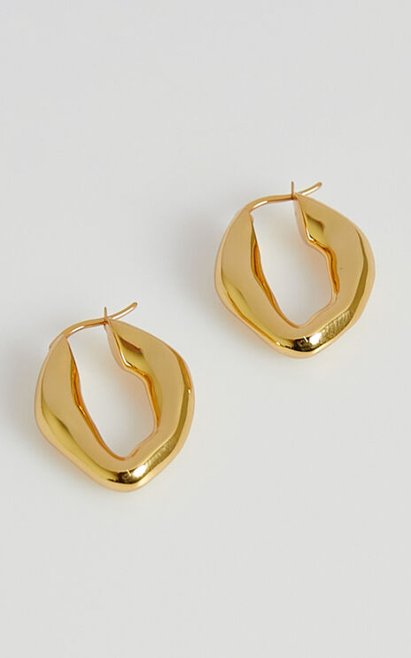 Izoa - Frankie Molten Hoop Earrings in Gold