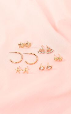 Stay Young Earrings 6 Pack In Gold