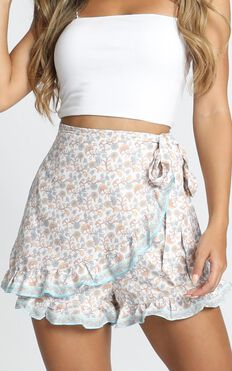 Guessing Games Shorts In Floral