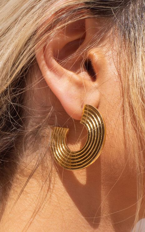 Luv Aj - The Sparta Hoops in Gold