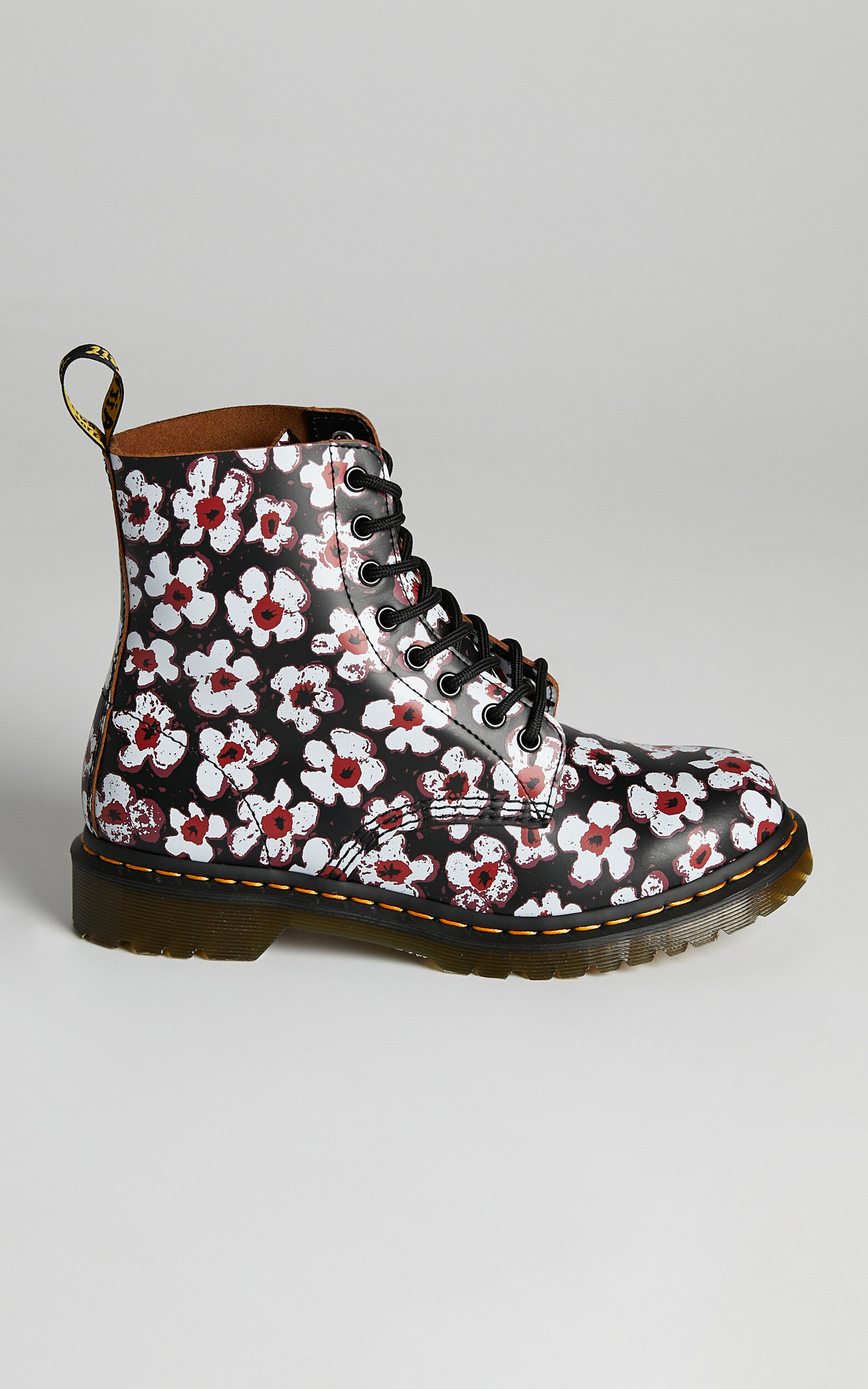 Dr. Martens - 1460 Pascal 8 Eye Boot in Black/Red Pansy Fayre Vintage Smooth - 05, BLK1, super-hi-res image number null