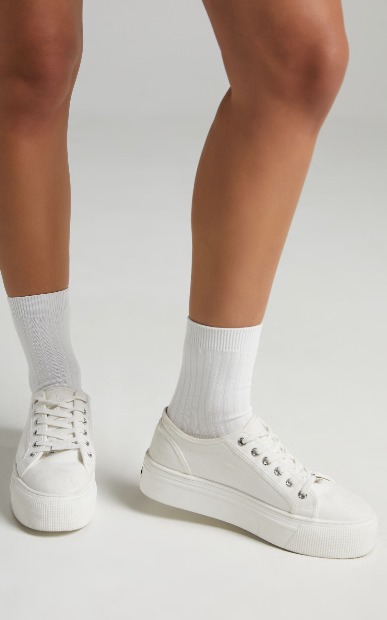 Petrova Socks in White - OneSize, WHT1, super-hi-res image number null