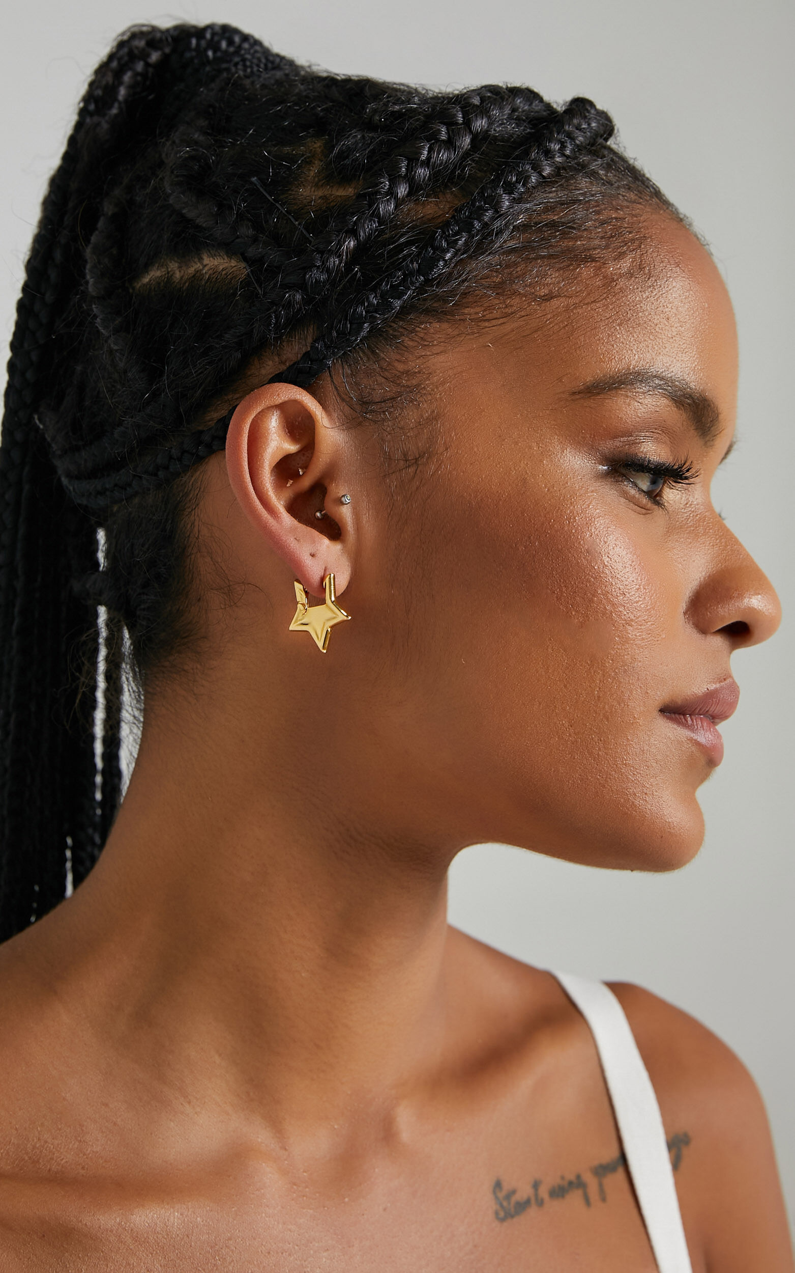 Rorey Star Earrings in Gold, GLD1, super-hi-res image number null