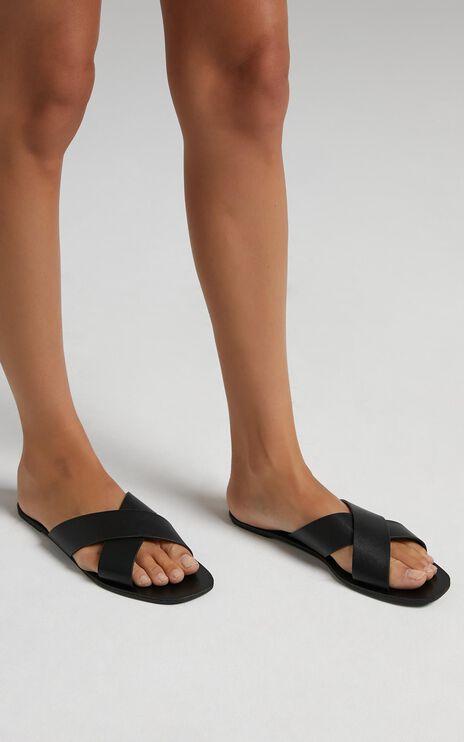 Billini - Hale Sandals in Black Croc