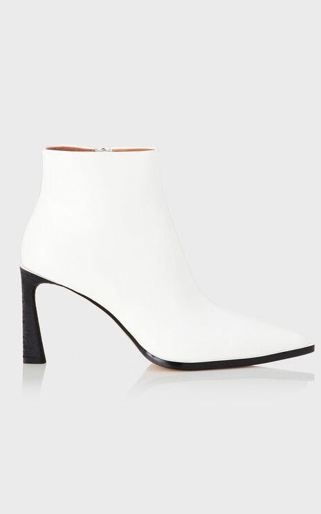 Alias Mae - Zara Boots in White Leather