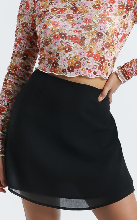Only Offer Skirt in Black