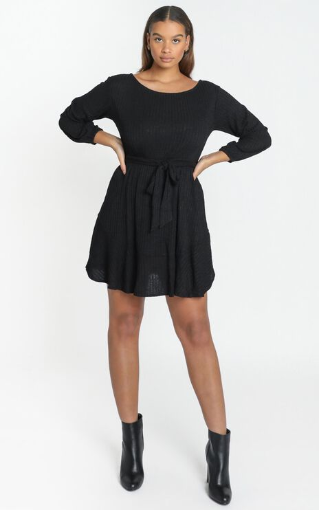 Total Relaxation Dress in Black