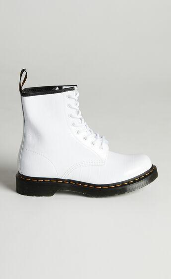 Dr. Martens - 1460 W 8 Eye Boot in White Patent Lamper Croc Emboss