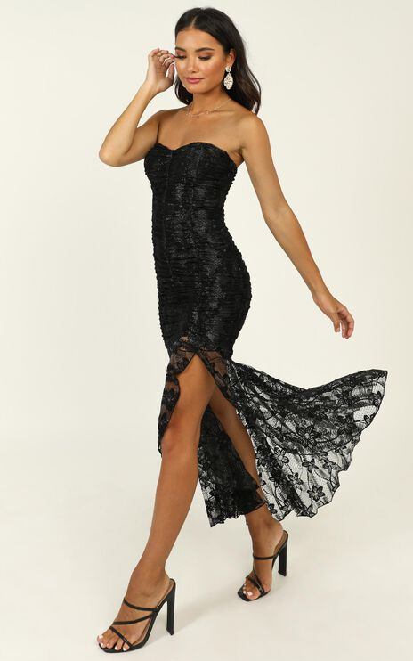Weekend Vibes Dress In Black Lace