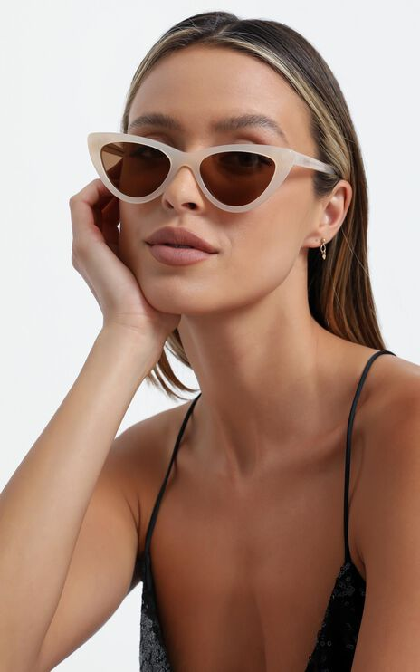 Luv Lou - The Leui Sunglasses in Cream