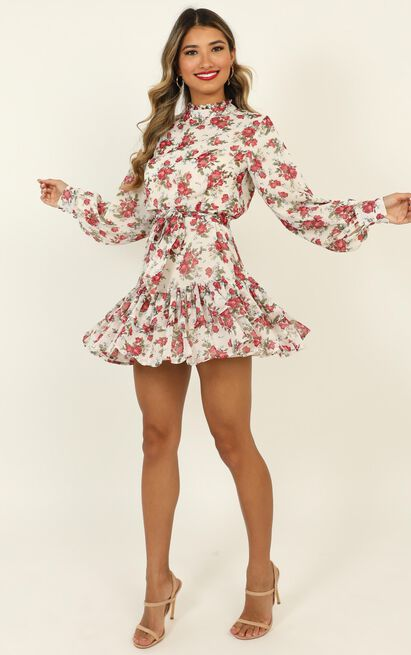 I Saw It Coming Dress in white floral - 20 (XXXXL), White, hi-res image number null