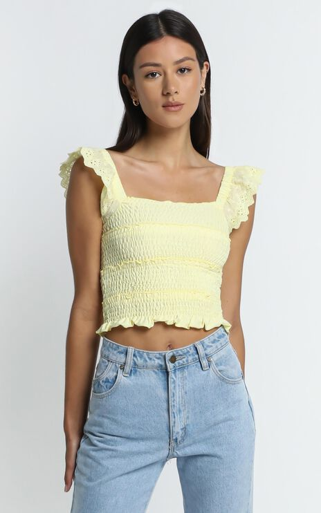 Alma Top in Pastel Yellow