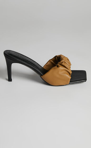Jaggar The Label - Scrunched Heel in Walnut