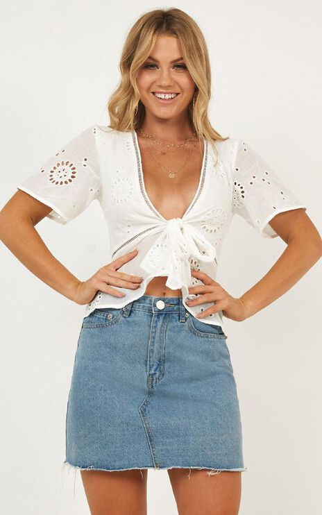 Jester Play Top In White