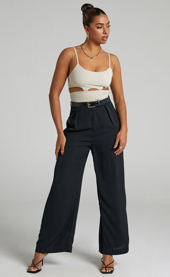 Zoie Cut Out Crop Top in Stone