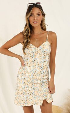 Beach Sunset Dress In Yellow Floral