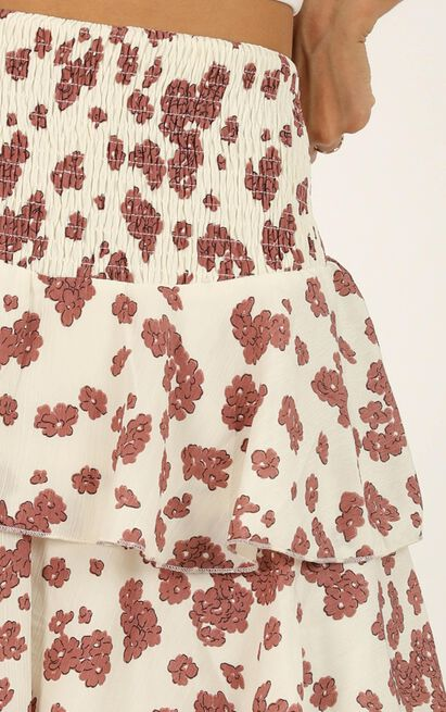Message To You skirt In cream floral - 20 (XXXXL), Cream, hi-res image number null