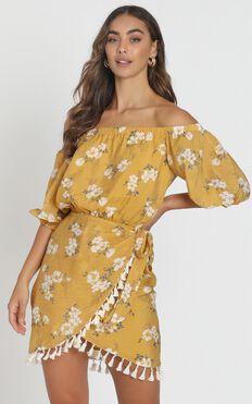 Ettie Bardot Dress in mustard floral