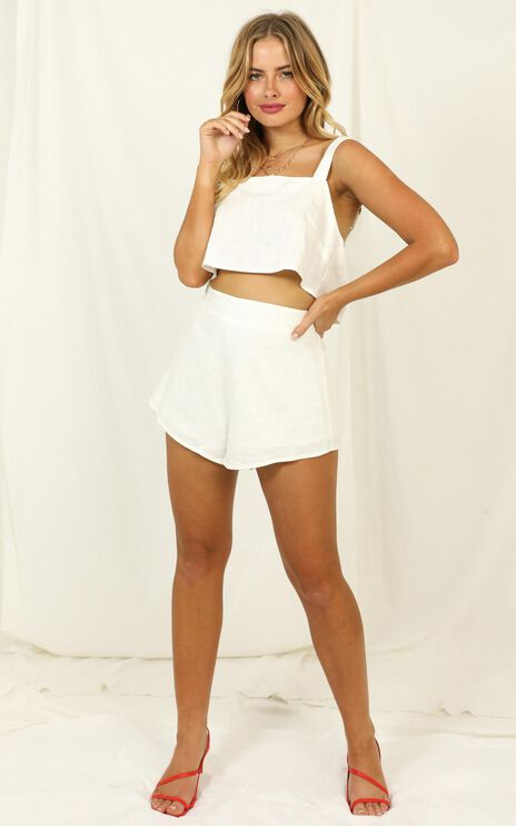 Save The Light Two Piece Set In White Linen Look
