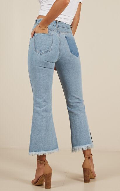 Charlie flare jeans in light wash - 12 (L), Blue, hi-res image number null
