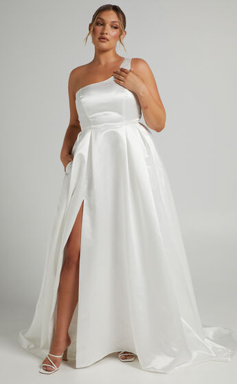 Desire Me One Shoulder Thigh Split Gown in Ivory Satin