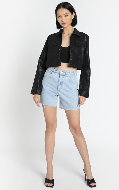 Lioness - Nostalgic Cropped Jacket in Black