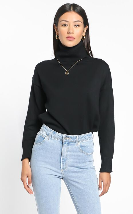 Irvette Knit Jumper in Black