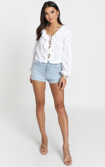 Nora Ruffle Top in white - 12 (L), White, hi-res image number null