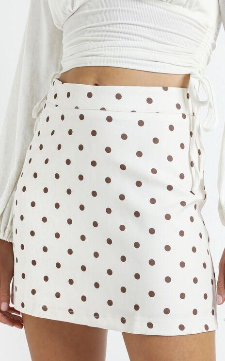 Lavo Skirt in White Spot