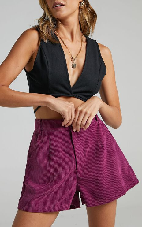Tovil Shorts in Mulberry Cord