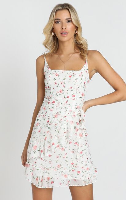 See In My Eyes dress in white floral - 16 (XXL), White, hi-res image number null