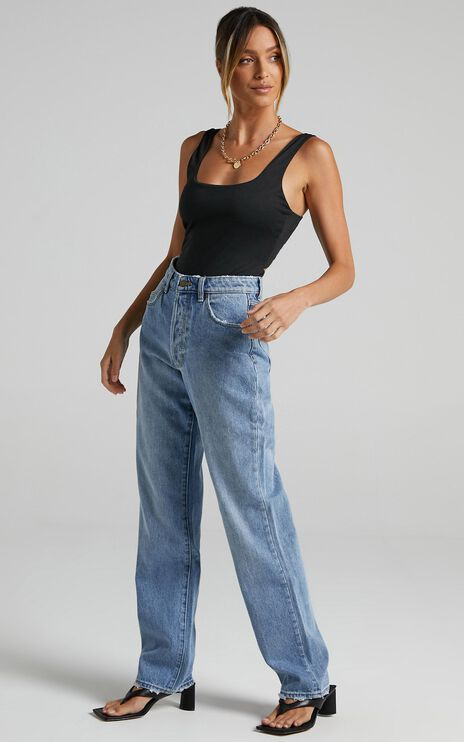 Rollas - Classic Straight Jean in 90s Blue