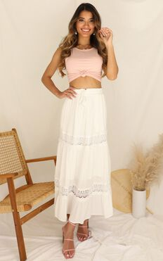 Twisted Sky Skirt In White